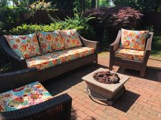 Couch Outdoor Chair Cushions Diy, Lounge Chair Cushions, Outdoor Cushion Covers, Cushions To Make, Diy Pillows, Outdoor Chairs, Backyard Seating, Outdoor Seating, Diy Porch