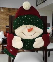 Christmas 2019 : Felt Christmas moulds and crafts - Trend Today : Your source for the latest trends, exclusives & Inspirations Christmas Sewing, Noel Christmas, All Things Christmas, Christmas Ornaments, Christmas 2019, Christmas Stockings, Christmas Chair Covers, Chair Back Covers, Holiday Crafts