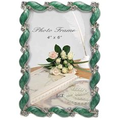 L&T Christmas Picture Frame Metal with Green Enamel and Crystals 4x6... ($20) ❤ liked on Polyvore featuring home, home decor, frames, metal picture frames, christmas frames, green home decor, 4x6 frames and metal home decor