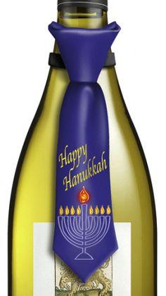 Happy Hanukkah Tie Bottle Topper has blinking lights H-12-204