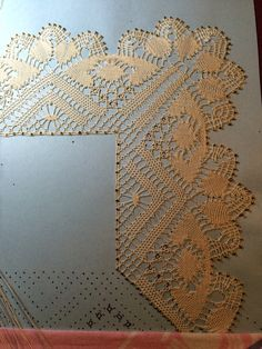 Yarn Projects, Bobbin Lace, Lace Trim, Frame, Pretty, Handmade, Jewelry, Crochet Dresses, Bobbin Lace Patterns