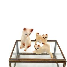 Vintage Ceramic Siamese Cat and Kittens - Ceramic Miniature Cat and Ceramic Kittens by VintageModernHip on Etsy