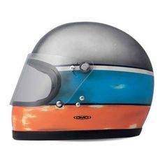 The DMD Handmade Fly helmet has a vintage touch that makes it the right helmet for those who want to have a unique and inimitable style. http://ferro29.com