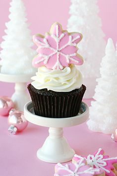 Pretty Pink Snowflake Cookies & Cupcakes - via GloriousTreats.com