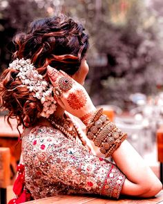 Bridal Hairstyle For Reception, Bridal Hairstyle Indian Wedding, Bridal Hair Buns, Indian Bridal Hairstyles, Indian Bridal Makeup, Indian Bridal Outfits, Indian Bridal Fashion, Bride Hairstyles, Lehenga Hairstyles
