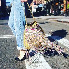 INSPIRAÇÃO #grannysquare #crochê #crocheting #crochet #crochetaddict #crochetlove #croche #handmade #feitoamao #instacrochet #instafashion #arte #artesanatobrasil by lita.pirrassa