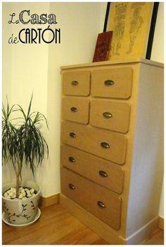 Cardboard Furniture, Cardboard Crafts, Furniture Making, Diy Furniture, Diy Storage Boxes, Diy Origami, Bilbao, Shelving, Decoupage