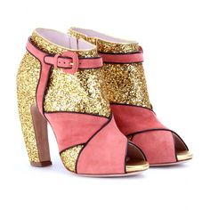 Yummy Glittery Booties #shoes