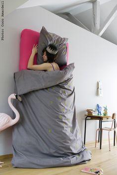 Linge de lit - bed linen  - © la cerise sur le gâteau - Anne Hubert - photo: Coco Amardeil