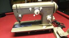 Pfaff 229 Heavy Duty Industrial sewing machine. German made. In Great Shape