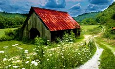 Red Roof Barn♥♥