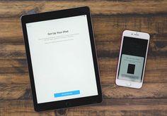 iOS 11 系統加入了「自動設定 (Automatic Setup)」功能,新購買的 iPhone、iPad 只要放在你已有的 iOS 裝置旁邊,就像是 AirPods 或 Apple Watch 配對一樣,即可快速安全地輸入你的多項個人設定、Wi-Fi 密碼、偏好設定和「iCloud 鑰匙圈」密碼等。