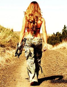 BOW HUNT! love the hair too @Brittany Horton Horton Horton Horton Horton Mulhollen I want this pic!