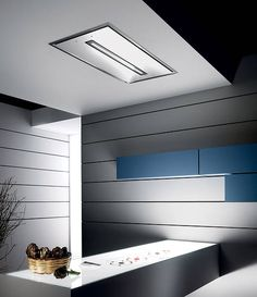 Elica - Cloud Nine Ceiling Hood x Stainless Steel/White Glass Kitchen Extractor Hood, Extractor Fans, Cooker Hoods, Cooking Wine, Counter Space, New Kitchen, Kitchen Ideas, Kitchen Knives, Ceiling