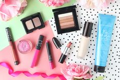 The beauty presents I received for Christmas 2016 including products from NARS, Bumble & Bumble, Becca Cosmetics, Kat Von D, Clinique, MAC and Bobbi Brown.