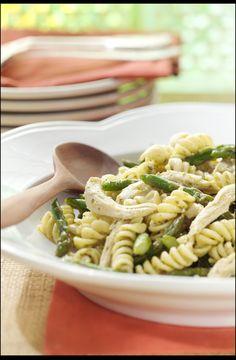 Lemony Asparagus and Chicken PastaToss