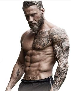 The 10 bearded mistakes to avoid to grow a beautiful beard Les 10 erreurs du barbu à éviter pour faire pousser une belle barbe The 10 bearded mistakes to avoid to grow a beautiful beard Sexy Tattoos, Sleeve Tattoos, Tattoos For Guys, Forearm Tattoos, Viking Tattoos For Men, Small Tattoos, Tatoos Men, Viking Tattoo Sleeve, Tribal Arm Tattoos