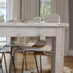 Luxury Nordic Reclaimed Wood Dining Table (image 8)