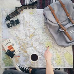 the best tips & tricks to save money when you travel!