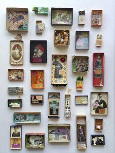 Superleuk budget idee voor het inlijsten van kleine  kunstwerken, in kartonnen doosjes als lijst aan de muur!