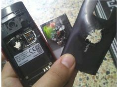 Nokia X2 stops bullet, saves a life in Syria! Nokia wins again! Lololol