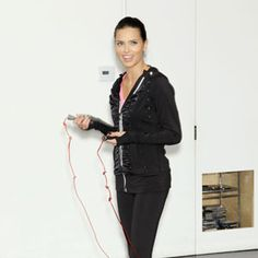 The Secret to Angel Adriana Limas Amazing Figure: Jumproping