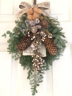 白い実のクリスマススワッグ*