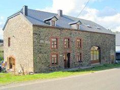 De groepsaccommodatie Maison la Cocotte bij Bouillon 11 slaapkamers  22-34 personen