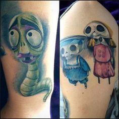 Some new friends I get to keep forever! Thanks @sagietattoo #timburton#tatuering#tattoo#corpsebride#corpsebridetatto#timburtontattoo#timburtonmovies#tattooedwoman#instaink#unikumtattoo#sagietattoo#maggot#skeleton