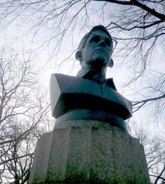 Update: Bust Of Edward Snowden Erected In Fort Greene Park, Promptly Covered, Removed By Authorities Edward Snowden, American Art, How To Remove, Artists, Park, Cover, Green, Parks, Artist