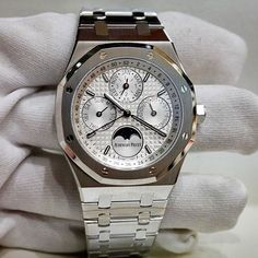 I have a crush on this AP Royal Oak Perpetual Calender stainless steel ⚓️ 〰 ⌚️Audemars Piguet Royal Oak $45,000  @thestorewatches