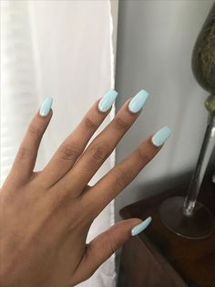 Baby blue coffin nails - Short acrylic nails co Blue Coffin Nails, Blue Acrylic Nails, Summer Acrylic Nails, Nail Summer, Summer Nail Colors, Simple Acrylic Nails, Spring Nails, Acrylic Nail Designs For Summer, Pastel Color Nails