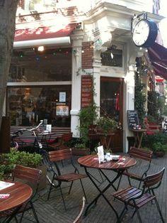 Café Toussaint