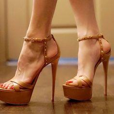 Thigh High Heels, Hot High Heels, Sexy Heels, High Heel Boots, Strappy Heels, Stiletto Heels, Shoes Heels, Stilettos, Gorgeous Heels