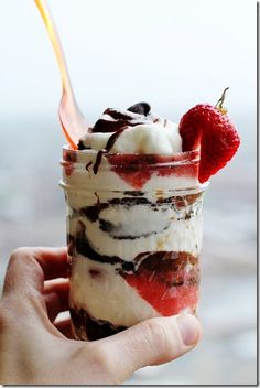 Layered Strawberry Chocolate Cake-in-a-Jar  Im just thinking here but I like this idea