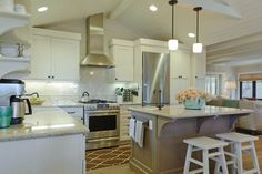 Carmadillo Kitchen|Dining