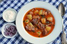 Ciolan de porc cu bere la cuptor | Savori Urbane Soup Recipes, Chicken Recipes, Cooking Recipes, Healthy Recipes, Romanian Food, Meals For The Week, Soul Food, Food To Make, Food Porn
