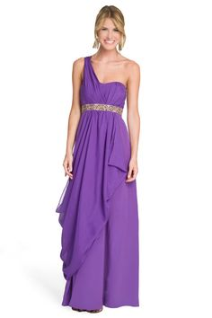 All I want is to wear this to dtd formal...why are you takenn :(