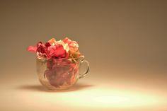 Still Life Photography Flowers Studio Photography Glass Cup Photography Flowers, Still Life Photography, Flower Studio, Life Inspiration, Tea Cups, Glass, Drinkware, Teacup, Cup Of Tea