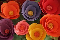 Flores gigantes con papel