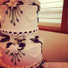 Traditional and vintage with gardenias. Cake by Beaverton Bakery.