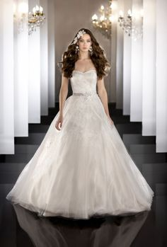 Style #457 Strapless tulle bridal ball gown I @MartinLiana