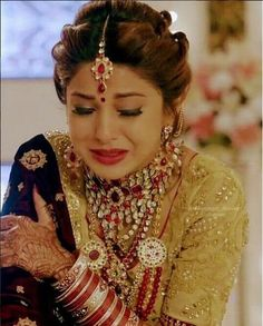 Beautiful Suit, Beautiful Girl Indian, Most Beautiful Indian Actress, Beautiful Girl Image, Engagement Hairstyles, Bun Hairstyles, Indian Wedding Couple Photography, Girl Photography, Jennifer Winget Beyhadh