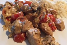 Low Carb: Kräuter-Tomatenpfanne mit saftigem Geflügelfleisch, ein beliebtes Rezept aus der Kategorie Studentenküche. Bewertungen: 107. Durchschnitt: Ø 4,5.