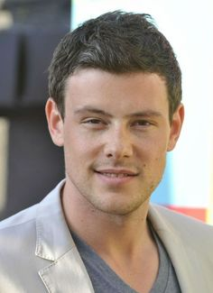 Corey Monteith I miss him! He was a good actor!