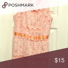 White Lace & Peach Dress Worn once. Originally purchased at Kohl's. Runs a little small. Zipper closure & clasp in back. Ribbon around waist that ties in back. Fully lined. Good quality Dresses