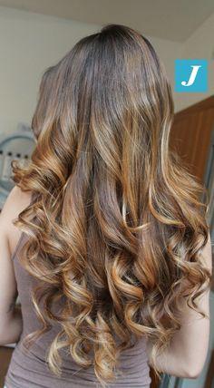 Non sottoporre i tuoi capelli a stressanti colorazioni, scegli il Degradé Joelle! #cdj #degradejoelle #tagliopuntearia #degradé #igers #musthave #hair #hairstyle #haircolour #longhair #ootd #hairfashion #madeinitaly #wellastudionyc