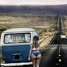"""I can hear my mother's voice in the back of my head: """"awe honey, is that safe?"""" Who cares Mom, it looks like fun! Volkswagen Minibus, Vw T1, Trucks And Girls, Car Girls, Kombi Hippie, Jetta A4, Combi Ww, Vw Camping, Bus Girl"""