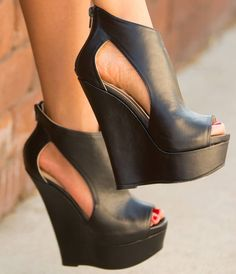 wedge heels, love wedges because they're fashionable, but you're still able to walk in them.