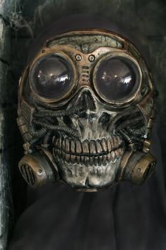 Steampunk Froggle Full Face Skull Gas mask ON SALE by gryphonsegg